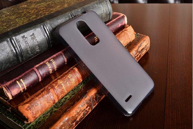 """Фирменная ультра-тонкая полимерная из мягкого качественного силикона задняя панель-чехол-накладка для ZTE Blade A1 C880U / ZTE Small Fresh 3 5.0"""" черная"""