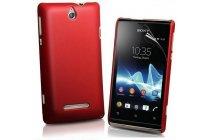 Фирменная задняя панель-крышка-накладка из тончайшего и прочного пластика для Sony Xperia E Dual C1605 красная