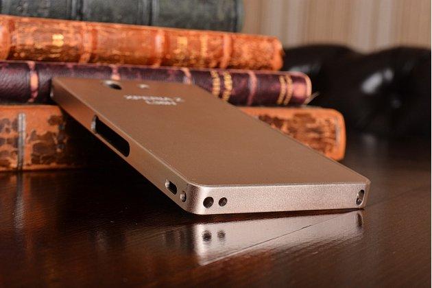 Фирменная металлическая задняя панель-крышка-накладка из тончайшего облегченного авиационного алюминия для Sony Xperia Z C6602/C6603 (L36h) золотая