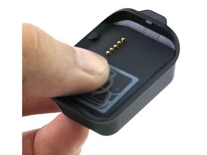 Фирменное оригинальное USB-зарядное устройство/док-станция для умных смарт-часов Samsung Gear 2 R380 + гаранти..