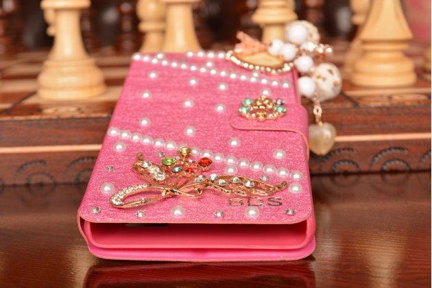 Фирменный роскошный чехол-книжка безумно красивый декорированный бусинками и кристаликами на Xiaomi Mi 4i/4с розовый