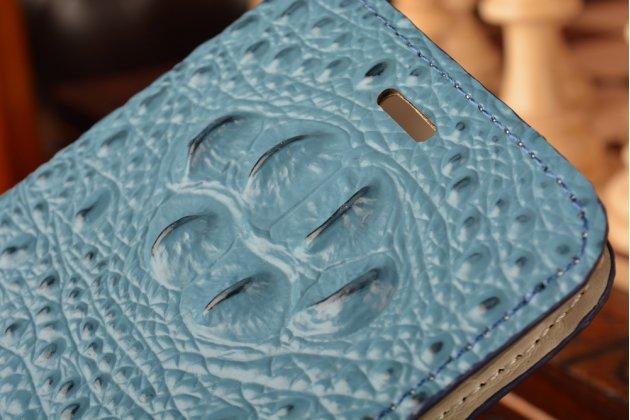 Фирменный роскошный эксклюзивный чехол с объёмным 3D изображением рельефа кожи крокодила синий для Xiaomi Mi5. Только в нашем магазине. Количество ограничено