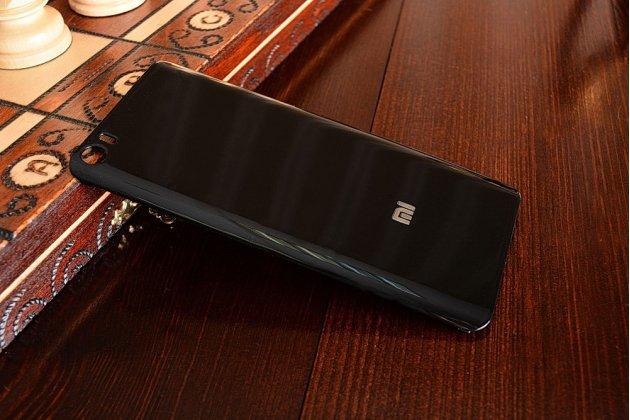 Родная оригинальная задняя крышка-панель которая шла в комплекте для Xiaomi Mi5 черная