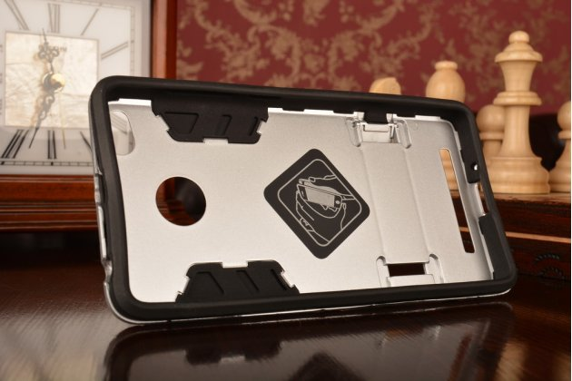 Противоударный усиленный ударопрочный фирменный чехол-бампер-пенал для Xiaomi Redmi 3/3X 5.0 белый