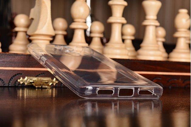 """Фирменная ультра-тонкая полимерная из мягкого качественного силикона задняя панель-чехол-накладка для Xiaomi Redmi 4 2GB+16Gb/ Android 6.0 / 1280:720 / 5.0"""" / вспышка справа прозрачная с заглушками"""