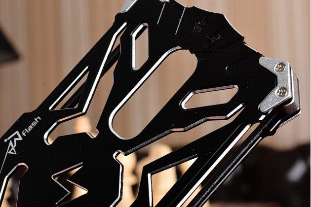 """Противоударный металлический чехол-бампер из цельного куска металла с усиленной защитой углов и необычным экстремальным дизайном для Xiaomi Redmi Note 4 5.5"""" черного цвета"""