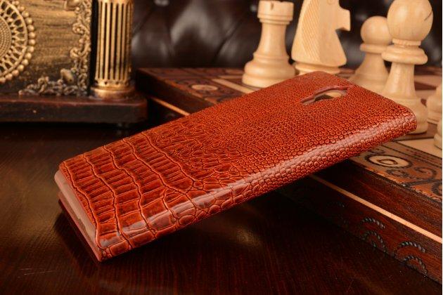 Фирменный роскошный эксклюзивный чехол с объёмным 3D изображением кожи крокодила для Xiaomi Mi4 коричневый. Только в нашем магазине. Количество ограничено