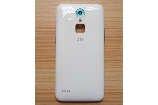 """Родная оригинальная задняя крышка-панель которая шла в комплекте для ZTE Blade A1 C880U /C880A / ZTE Small Fresh 3 5.0"""" белая"""