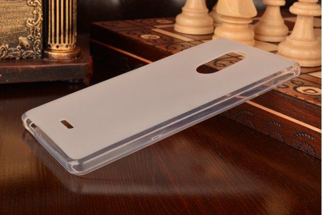 Фирменная ультра-тонкая полимерная из мягкого качественного силикона задняя панель-чехол-накладка для ZTE Blade X9 белая
