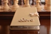 Фирменный роскошный чехол-книжка безумно красивый декорированный бусинками и кристаликами на ZTE Nubia Z11 mini S 5.2 золотой