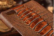 Фирменная элегантная экзотическая задняя панель-крышка с фактурной отделкой натуральной кожи крокодила кофейного цвета для ZTE Nubia Z9 Max . Только в нашем магазине. Количество ограничено.