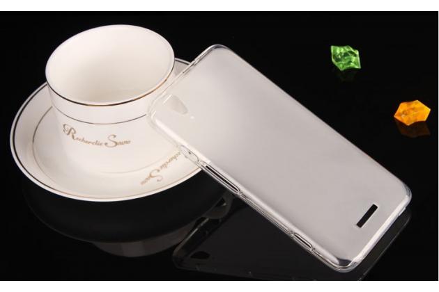 Фирменная ультра-тонкая полимерная из мягкого качественного силикона задняя панель-чехол-накладка для ZTE V975 Geek белая