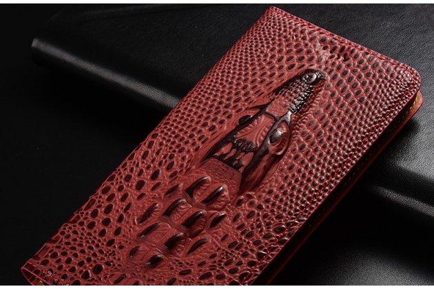 Фирменный роскошный эксклюзивный чехол с объёмным 3D изображением кожи крокодила цвет красное вино для Philips Xenium X818 / Philips X818. Только в нашем магазине. Количество ограничено
