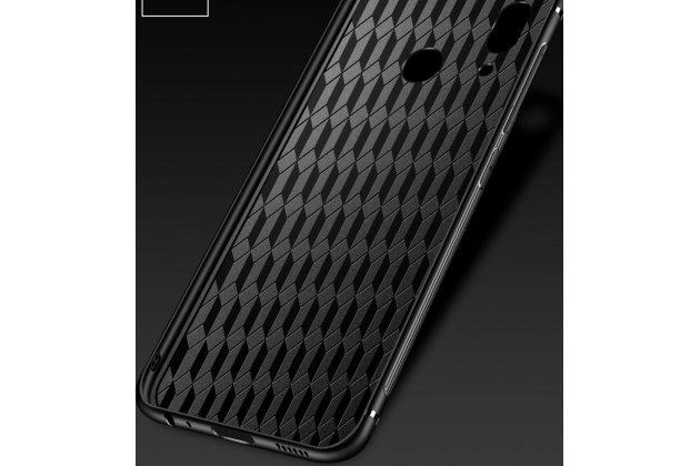 """Фирменный ультра-тонкий силиконовый чехол-бампер для Huawei Nova 3 с закаленным стеклом на заднюю крышку телефона """"тематика Радужные бабочки"""""""