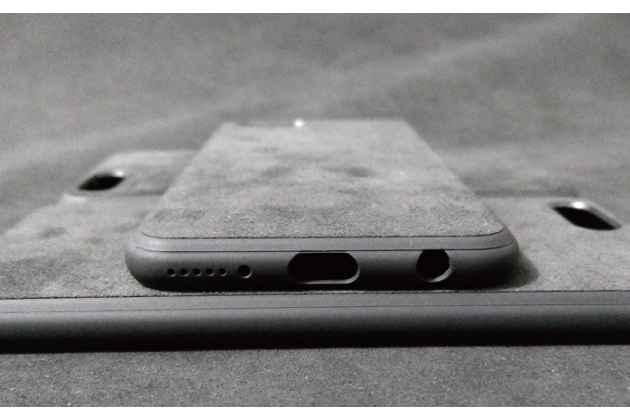 Фирменная оригинальная задняя панель-крышка-накладка из натуральной замши для Huawei Honor V10 / Honor View 5.99 (BKL-AL20) в сером цвете