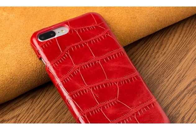 Фирменная элегантная задняя панель-крышка с фактурной отделкой натуральной кожи крокодила для Huawei P Smart 5.65 (FIG-LX1 /AL00) / Huawei Enjoy 7S красная. Только в нашем магазине. Количество ограничено.
