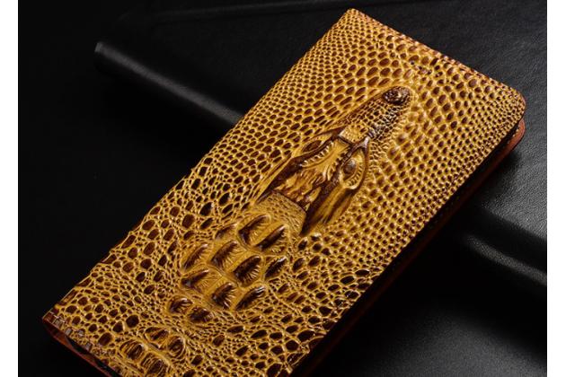 Фирменный роскошный эксклюзивный чехол с объёмным 3D изображением кожи крокодила коричневый для Huawei P Smart 5.65 (FIG-LX1 /AL00) / Huawei Enjoy 7S . Только в нашем магазине. Количество ограничено