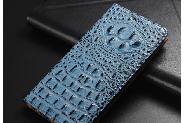 Фирменный роскошный эксклюзивный чехол с объёмным 3D изображением рельефа кожи крокодила синий для Huawei P Smart 5.65 (FIG-LX1 /AL00) / Huawei Enjoy 7S . Только в нашем магазине. Количество ограничено