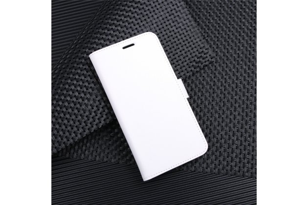 Фирменный чехол-книжка из качественной импортной кожи с подставкой застёжкой и визитницей для Alcatel 3C 5026D белый