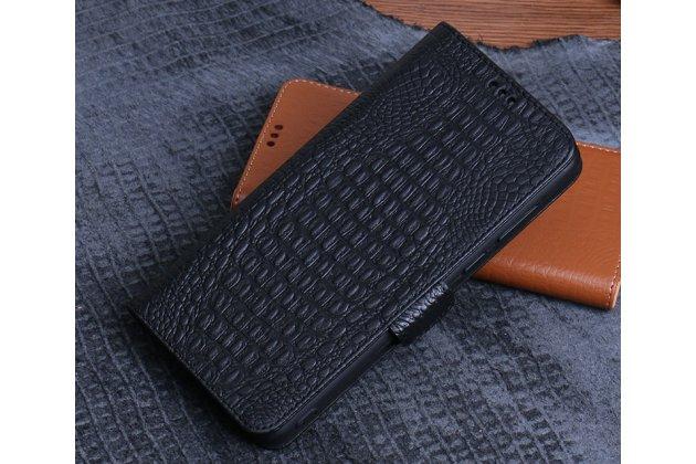 Фирменный роскошный эксклюзивный чехол с фактурной прошивкой рельефа кожи крокодила и визитницей черный для HTC Desire 12. Только в нашем магазине. Количество ограничено