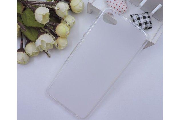 Фирменная ультра-тонкая полимерная из мягкого качественного силикона задняя панель-чехол-накладка для HTC Desire 12 белая