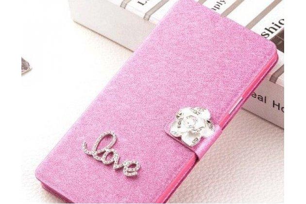 Фирменный роскошный чехол-книжка безумно красивый декорированный бусинками и кристаликами на HTC Desire 12 розовый