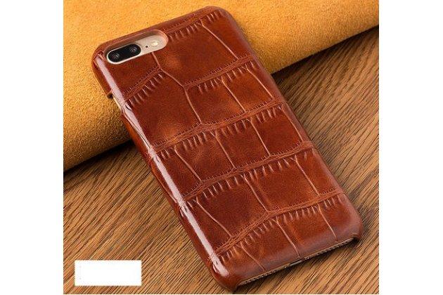 Фирменная элегантная задняя панель-крышка с фактурной отделкой натуральной кожи крокодила коричневого цвета для Huawei Honor 7C/Huawei Honor Play 7A High. Только в нашем магазине. Количество ограничено.