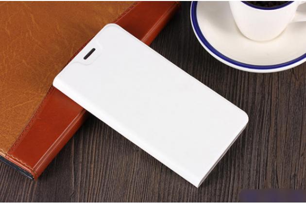 Фирменный чехол-книжка из качественной водоотталкивающей импортной кожи для ASUS ZenFone 5 Lite ZC600KL 3/ 4 белый