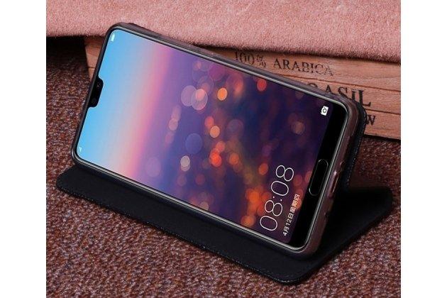 Фирменный роскошный эксклюзивный чехол с фактурной прошивкой рельефа кожи крокодила черный для Huawei P20 5.8 (EML-AL00). Только в нашем магазине. Количество ограничено