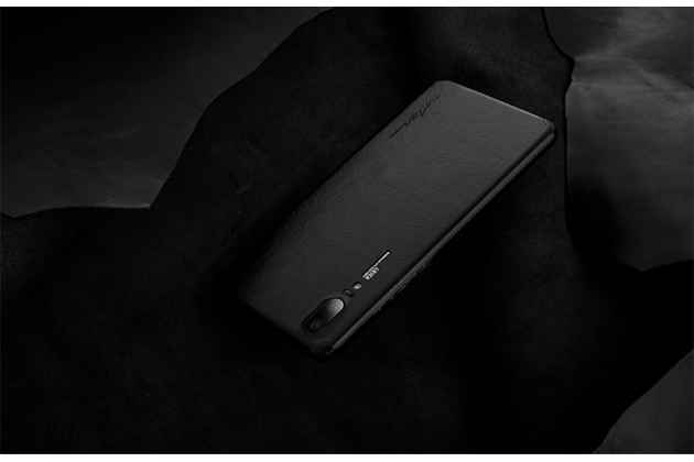 Оригинальная эксклюзивная задняя кожаная наклейка (из натуральной кожи) для Huawei P20 Pro / Huawei P20 Plus  черная