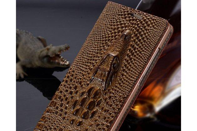 Фирменный роскошный эксклюзивный чехол с объёмным 3D изображением кожи крокодила коричневый для Lenovo S5 / Lenovo K520 . Только в нашем магазине. Количество ограничено