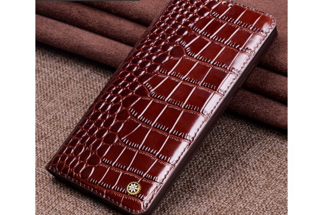 Фирменный роскошный эксклюзивный чехол с фактурной прошивкой рельефа кожи крокодила коричневый для Huawei P20 Lite / Nova 3e. Только в нашем магазине. Количество ограничено