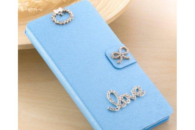 Фирменный роскошный чехол-книжка безумно красивый декорированный бусинками и кристаликами на HTC Desire 12  Plus голубой