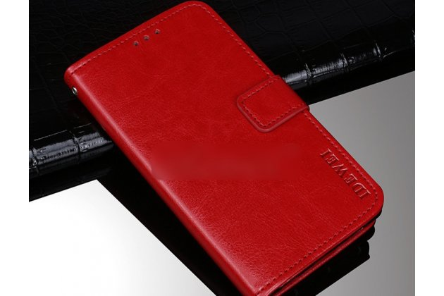 Фирменный чехол-книжка из качественной импортной кожи с подставкой застёжкой и визитницей для Alcatel 1C 5009D красный