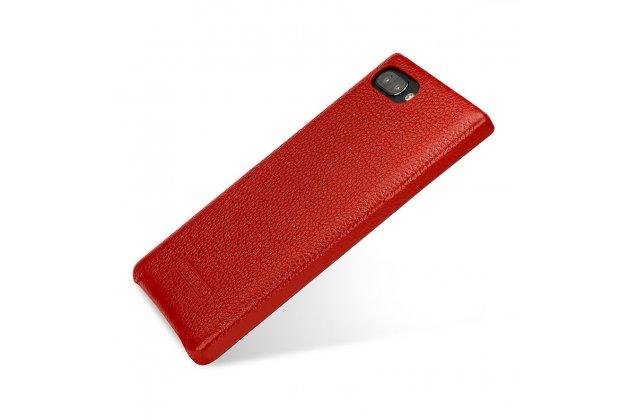 Фирменная премиальная элитная крышка-накладка из тончайшего прочного пластика и качественной импортной кожи  для BlackBerry KEY2  красная