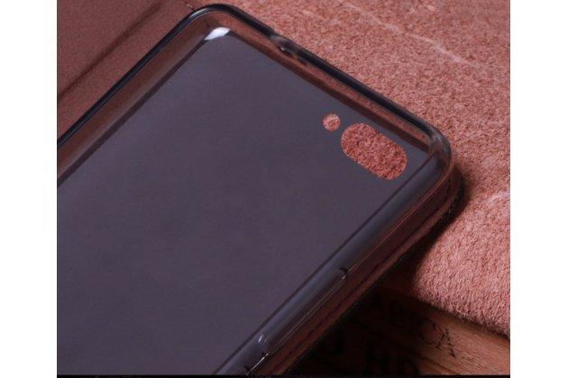 Фирменный роскошный эксклюзивный чехол с фактурной прошивкой рельефа кожи крокодила коричневый для BlackBerry KEY2. Только в нашем магазине. Количество ограничено