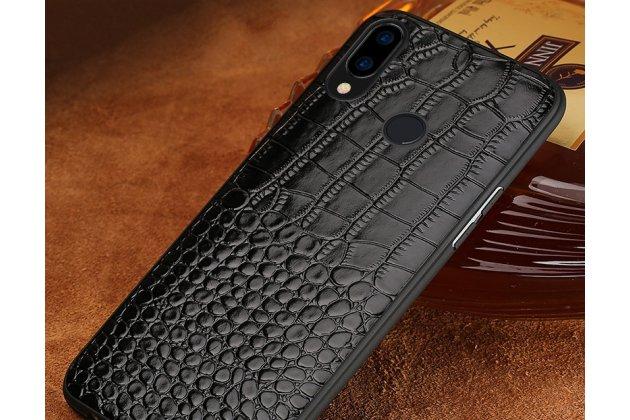 Фирменная элегантная экзотическая задняя панель-крышка с фактурной отделкой натуральной кожи крокодила черного цвета для Huawei Nova 3e 4/128GB. Только в нашем магазине. Количество ограничено.