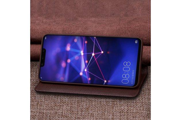 Фирменный чехол-книжка с подставкой для Huawei Mate 20 Lite (SNE-LX1) лаковая кожа крокодила коричневый