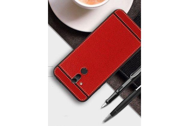 Фирменная премиальная элитная крышка-накладка на Huawei Mate 20 Lite (SNE-LX1) красная из качественного силикона с дизайном под кожу