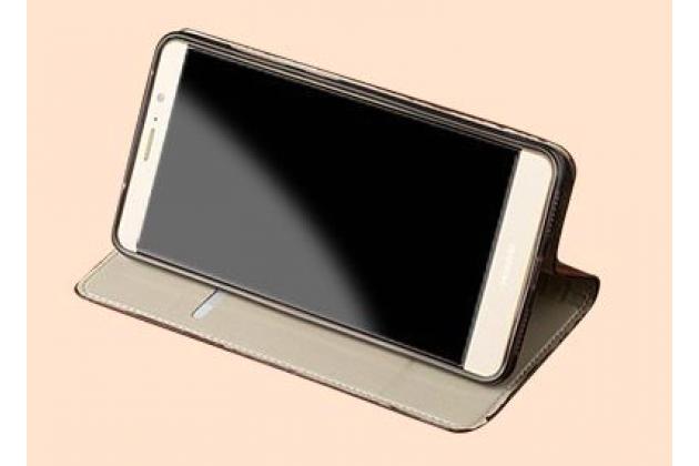 Фирменный роскошный эксклюзивный чехол с объёмным 3D изображением кожи крокодила коричневый для Huawei Mate 20 Lite (SNE-LX1) . Только в нашем магазине. Количество ограничено