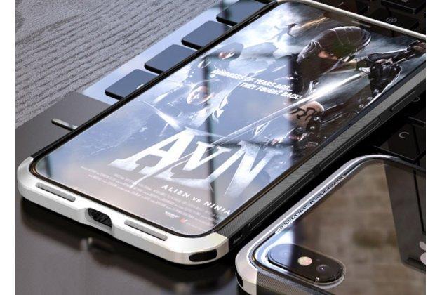 Неубиваемый противоударный ударопрочный фирменный чехол-бампер для iPhone XS с металлическими защитными углами со стеклом задней крышки Gorilla Glass цвет черно-серебристый