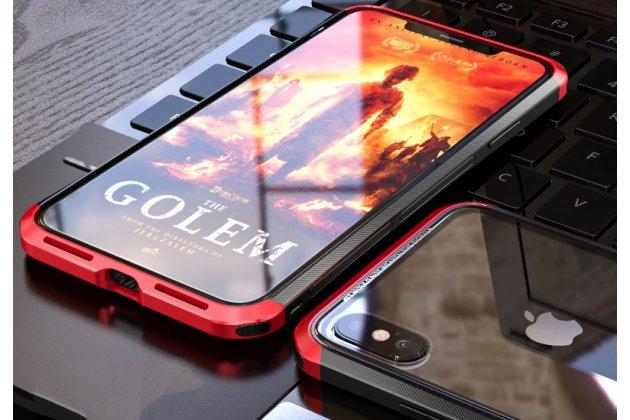 Неубиваемый противоударный ударопрочный фирменный чехол-бампер для iPhone XS с металлическими защитными углами со стеклом задней крышки Gorilla Glass цвет черно-красный