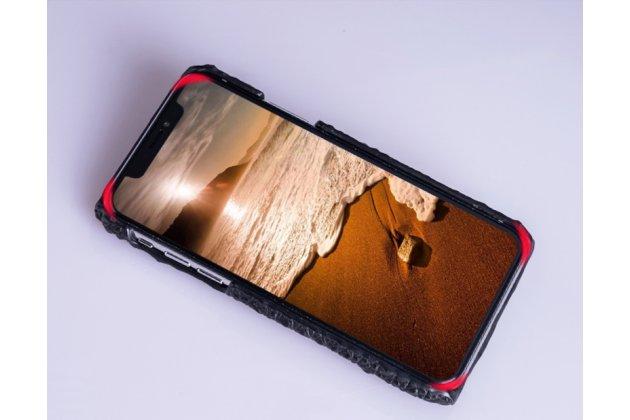 Фирменная роскошная эксклюзивная накладка с объёмным 3D изображением рельефа кожи крокодила коричневая для iPhone XS. Только в нашем магазине. Количество ограничено