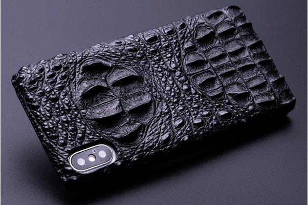 Фирменная роскошная эксклюзивная накладка с объёмным 3D изображением рельефа кожи крокодила черная для iPhone XS. Только в нашем магазине. Количество ограничено