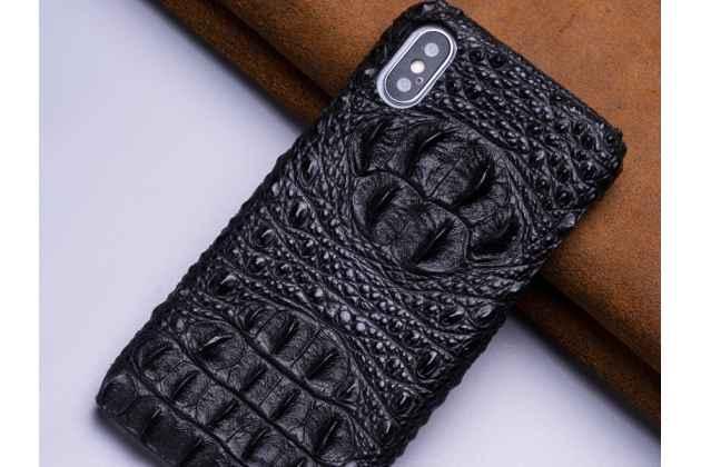 Фирменная роскошная эксклюзивная накладка с объёмным 3D изображением рельефа кожи крокодила черная для iPhone XS Max. Только в нашем магазине. Количество ограничено