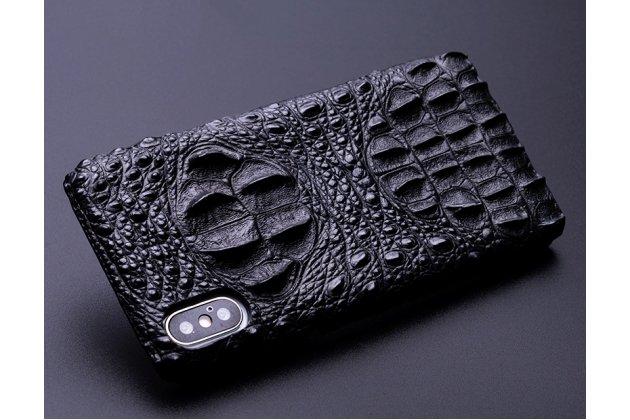 Фирменная роскошная эксклюзивная накладка с объёмным 3D изображением рельефа кожи крокодила черная для iPhone XR. Только в нашем магазине. Количество ограничено