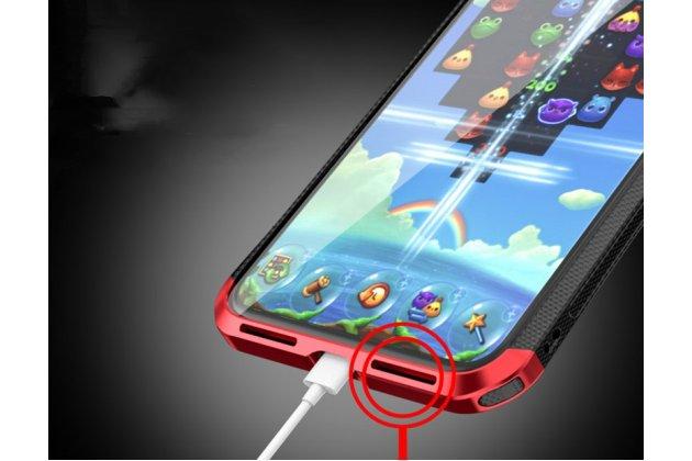 Неубиваемый противоударный ударопрочный фирменный чехол-бампер для iPhone XR с металлическими защитными углами со стеклом задней крышки Gorilla Glass цвет черно-красный
