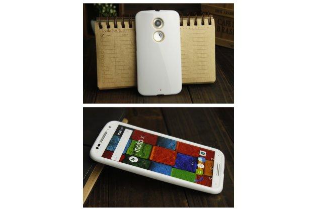 Фирменная ультра-тонкая полимерная из мягкого качественного силикона задняя панель-чехол-накладка для Motorola Moto X1  / X2 (XT1085 / XT1097) белая