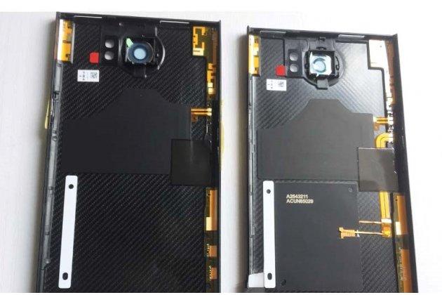 Родная оригинальная задняя крышка-панель которая шла в комплекте для BlackBerry Priv черная