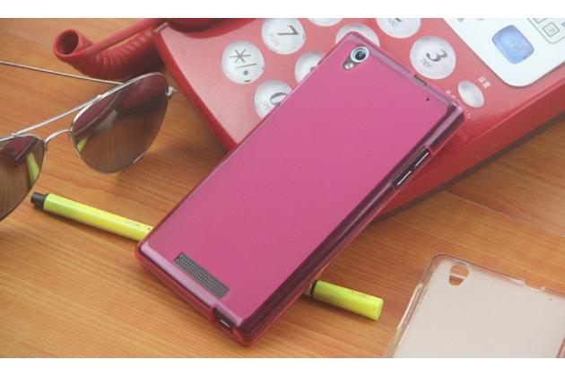 Фирменная ультра-тонкая полимерная из мягкого качественного силикона задняя панель-чехол-накладка для Philips Xenium V787 розовая
